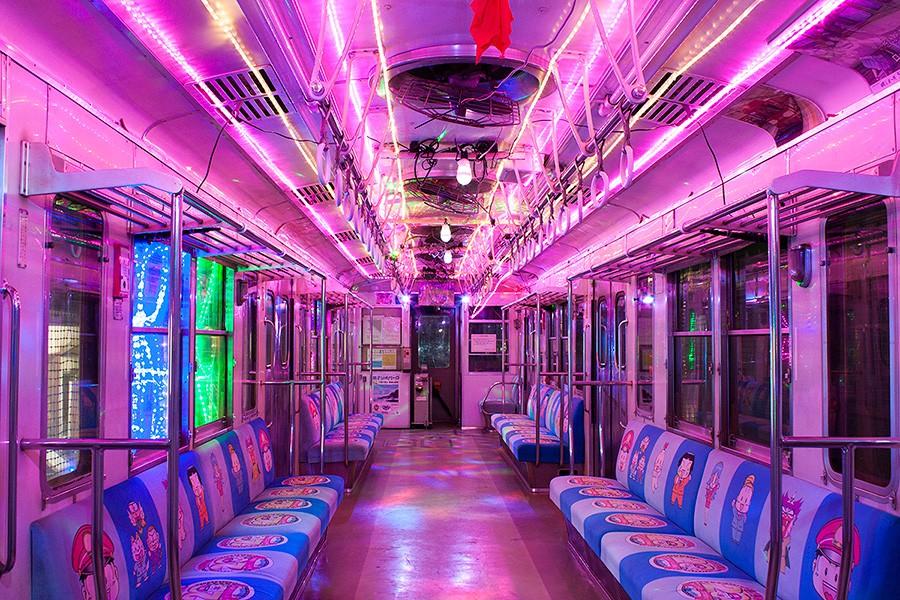 銚子電鉄イルミネーション電車の車内